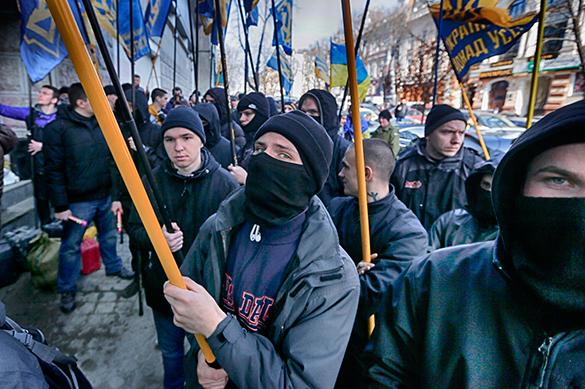 Эксперт – о том, как украинские националисты паразитируют