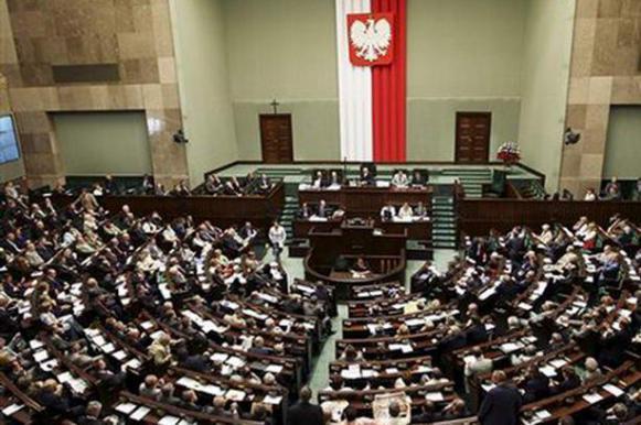"""В Польше будут сажать отрицающих """"преступления бандеровцев"""". В Польше будут сажать отрицающих преступления бандеровцев"""