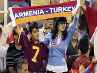 Армения и Турция шагнули друг к другу. Но границу не перешли