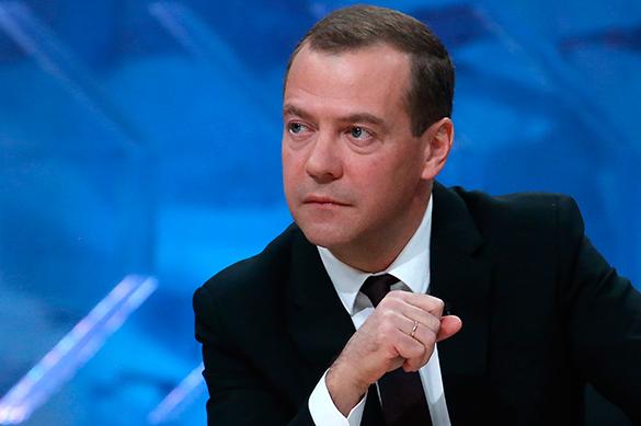 Медведев: Мировой экономике необходимы единые правила