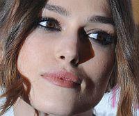 Кира в Голливуде – олицетворение романтичной и женственной особы