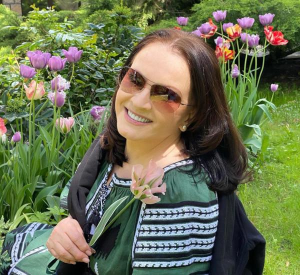 София Ротару восхитила поклонников своей красотой и молодостью. София Ротару