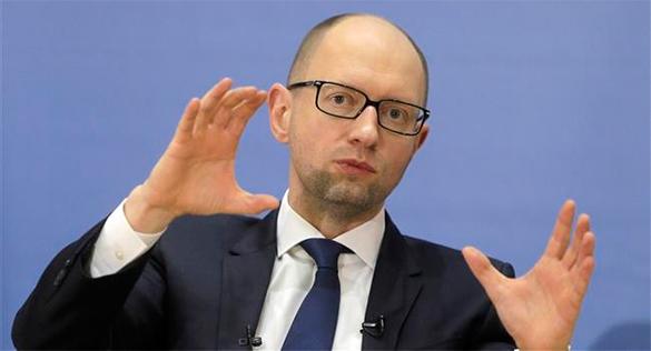 Политолог: В диалоге между Западом и Украиной Яценюк лишний.