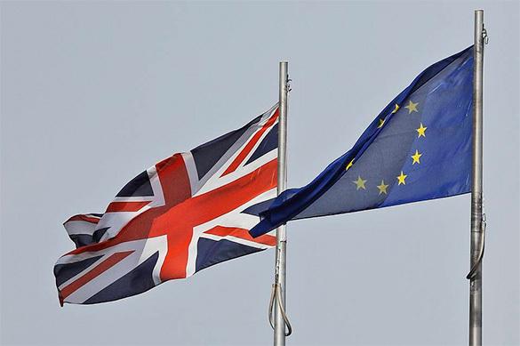 Шесть из десяти британцев хотят сохранить гражданство ЕС после Б