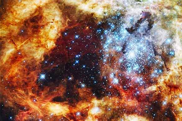 Ученые узнали, как гигантская черная дыра в центре Млечного Пут