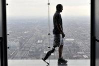 Американец с бионической ногой намерен покорить небоскреб. 273338.jpeg
