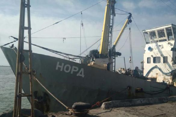"""Моряков захваченного судна """"Норд"""" заставляют стать украинцами. 385338.jpeg"""