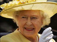 Английскую королеву попросили чаще пускать туристов к себе домой