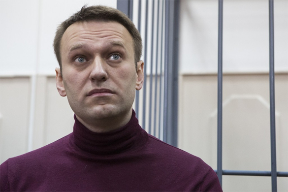 Навального подозревают в