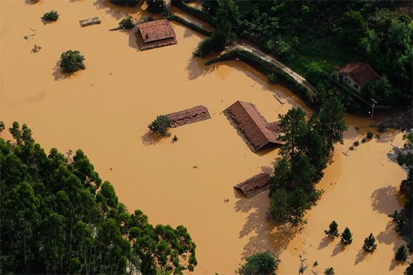В Бразилии при обвале дамбы погибло 17 человек