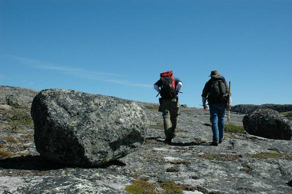 Геологи насеверо-западе Канады обнаружили земную кору времен «сотворения» Земли