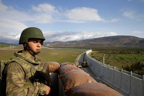 На границе с Сирией Турция строит стену?