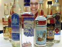 Двое моряков умерли, отравившись поддельным алкоголем. vodka