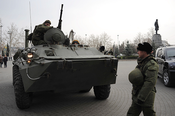 Российские военные взяли под контроль аэропорт Севастополя. 289343.jpeg