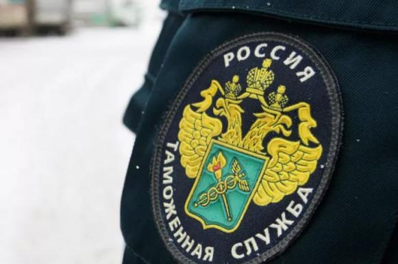 Власти начали отслеживать все покупки россиян за рубежом. Власти начали отслеживать все покупки россиян за рубежом