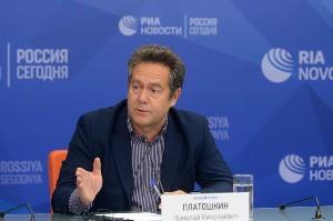 Николай Платошкин: Путин передал ответственность без полномочий. Николай Платошкин: Путин передал ответственность без полномочий.