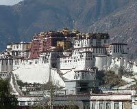 Тибет распахнул свои двери перед туристами