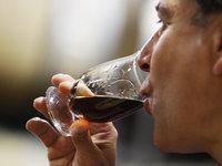 Празднику молодого французского вина исполнилось  60 лет. 249347.jpeg