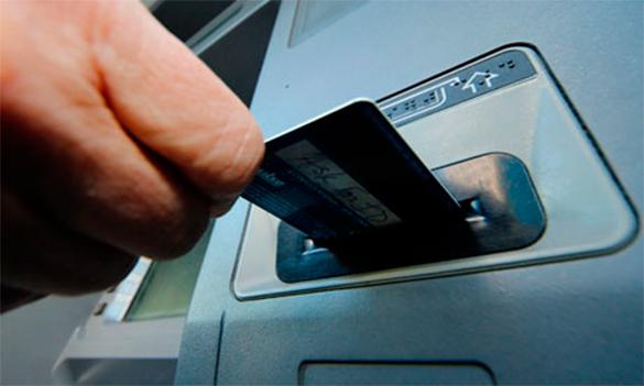 Экономист: В России нет систем, аналогичных Visa и MasterCard. 290347.jpeg