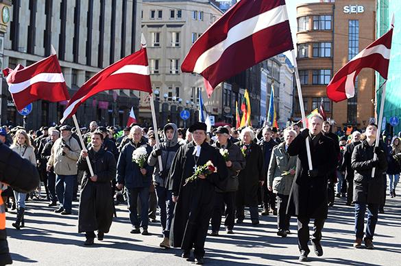 Гитлер смеется в аду: по странам прошли нацистские марши