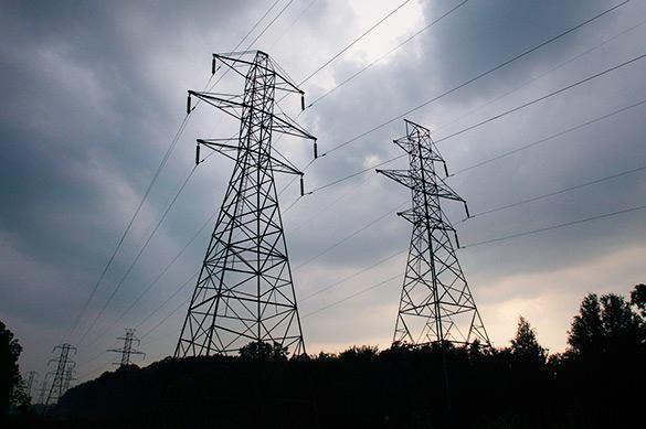 Киев прекратил подачу электроэнергии в Донбасс