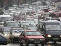 Непогода парализовала движение в Москве