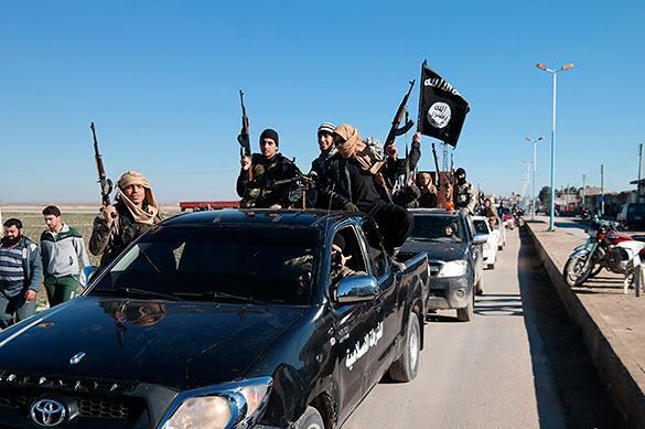 Спустя год бомбежек по Ираку Обама признал, что не знает, как бороться с ИГ. 321350.jpeg