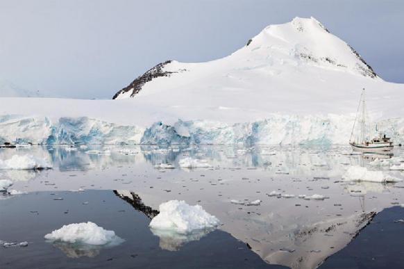 Загадочный источник тепла подогревает Антарктиду: лед тает изнутри. 395351.jpeg