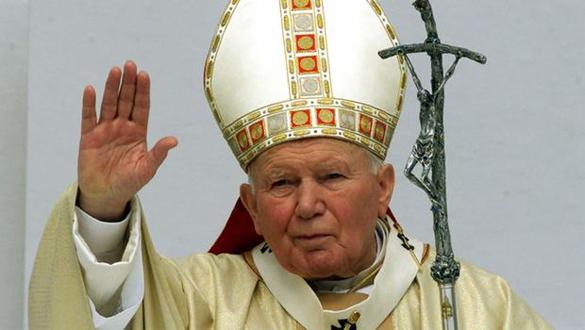 Папа Римский: Священники виновны в лицемерии и жадности. Папа Римский критикует Ватикан