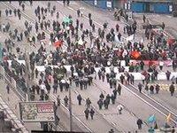 Участники шествия оппозиции проводят митинг на Болотной площади в Москве. 283354.jpeg