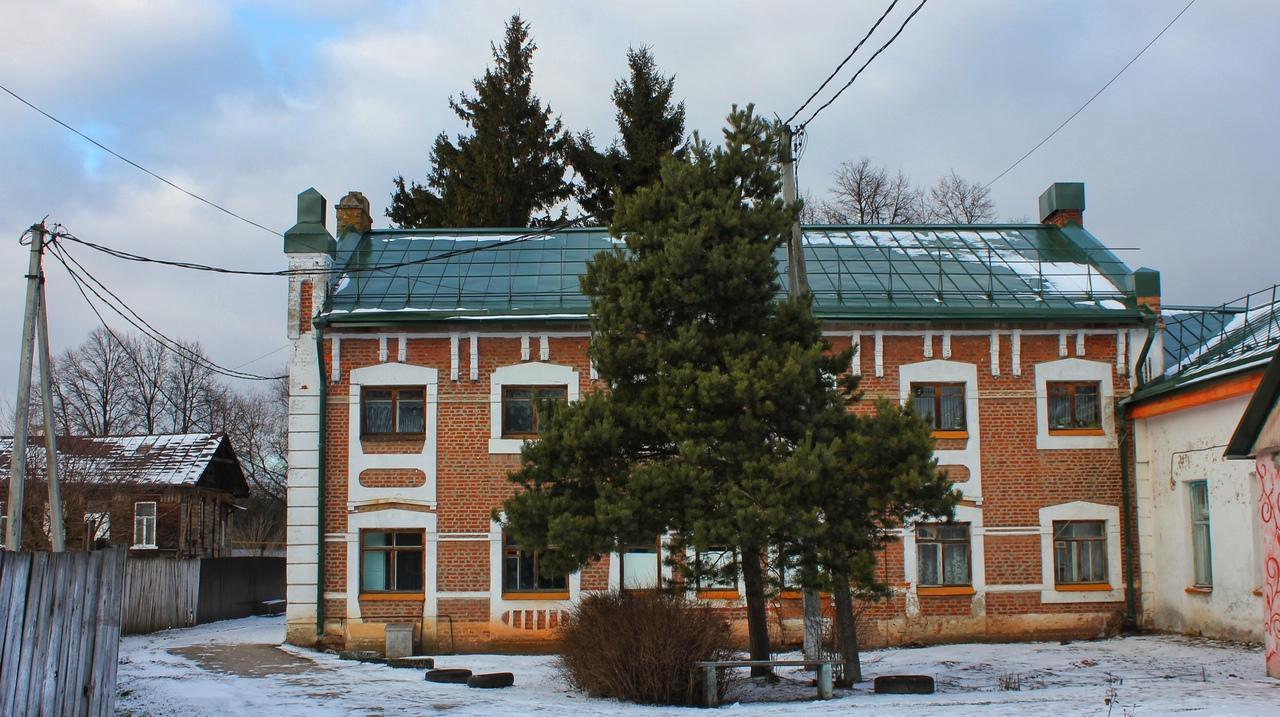 Большая история самого маленького города России. Чекалин. Больница постройки 20 века