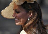 Кейт Миддлтон признана королевой моды Британии. middleton