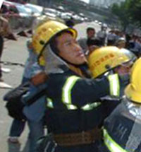 На взорвавшемся заводе в Китае незаконно хранились 5 тонн