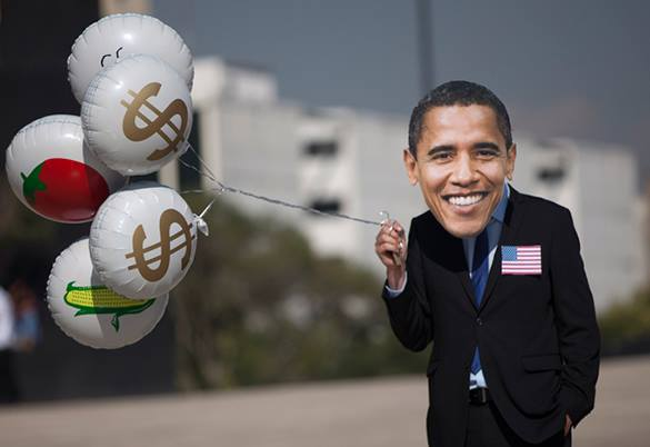 Во время побега из московской больницы американец звал на помощь президента Обаму. Барак Обама с воздушными шариками