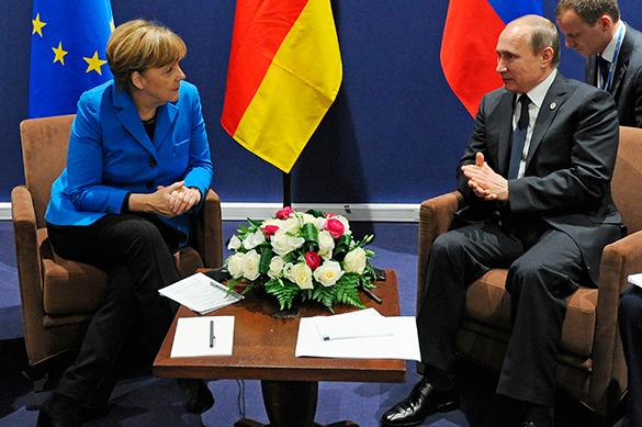 Путин провел закрытую встречу с Меркель и главой ЕК