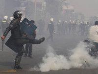 В столице Камбоджи оппозиционеры вступили в бой с полицией. 288359.jpeg