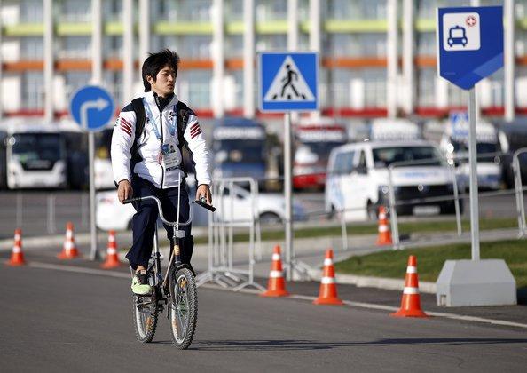 Велосипедисты в Москве рискуют жизнью каждый день - эксперт.