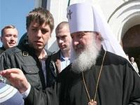 Патриарх Кирилл провел литургию под открытым небом