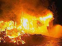 В Петербурге ликвидирован сильный пожар на овощебазе