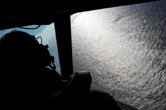 """Ученые: бесследно пропавший малайзийский """"Боинг"""" рухнул в океан вертикально. Боинг, самолет, спасательная операция"""