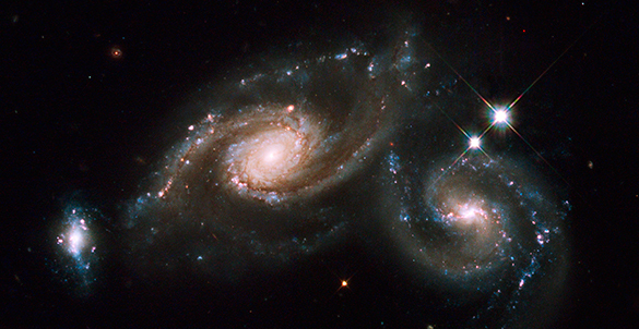 Астрономы нашли в космосе белые дыры. Астрономы нашли в космосе белые дыры