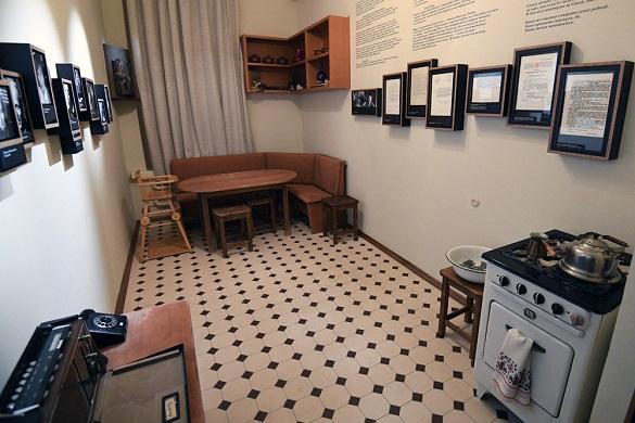 В Москве воссоздали квартиру Александра Солженицына. 396364.jpeg