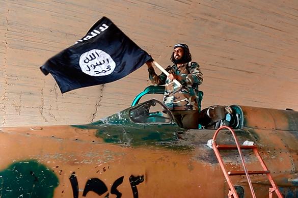 Боевики ИГ применили химическое оружие на авиабазе в Дейр-эз-Зор
