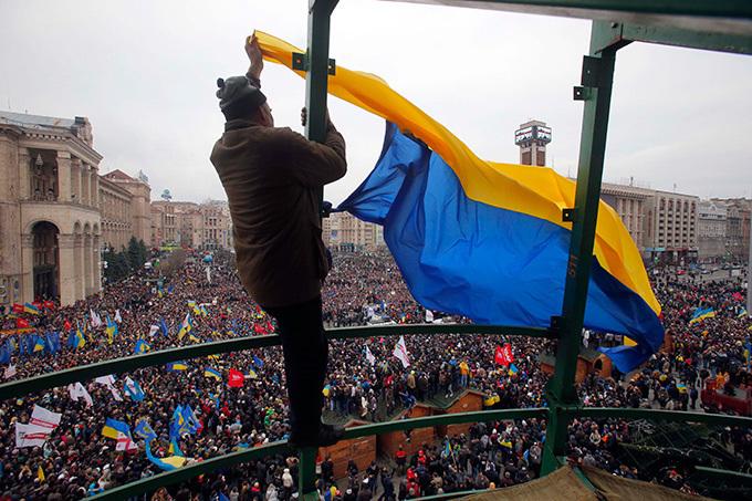 """""""Штемпель Майдана"""" - подарок  от Укропочты к годовщине событий. 304369.jpeg"""
