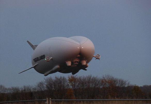 В Британии потерпело крушение самое большое в мире воздушное судно. 379370.jpeg