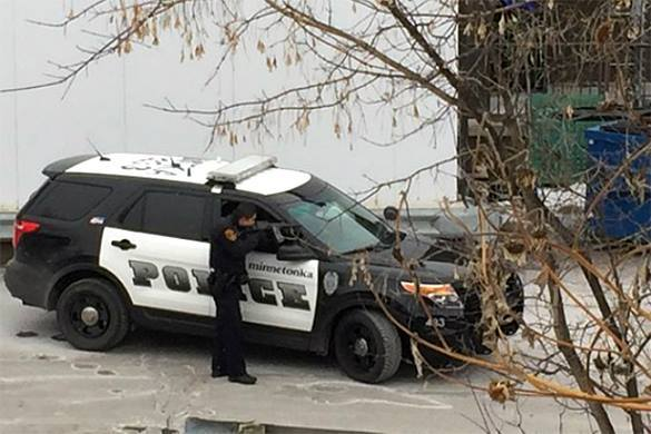 В США грабители сами позвонили в службу 911 во время преступления. Полиция США