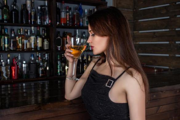 Медики объяснили, почему женщинам следует отказаться от алкоголя. Медики объяснили, почему женщинам следует отказаться от алкоголя