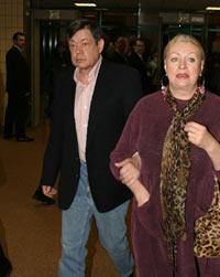 Караченцов снова будет петь благодаря жене