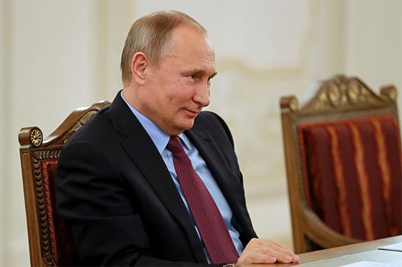 Путин рассказал, с кем встретит Новый год