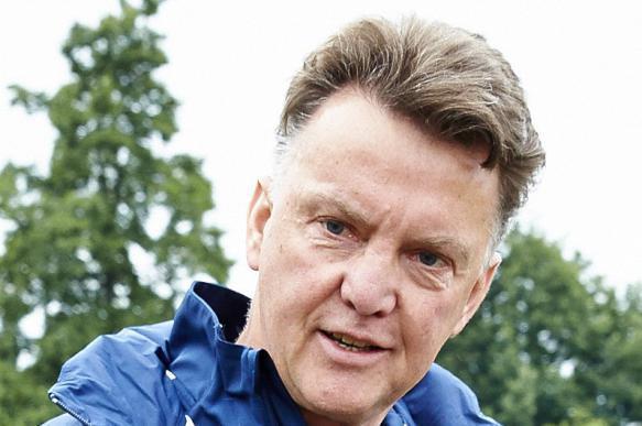 Легендарный голландский тренер завершил карьеру из-за жены. 400372.jpeg
